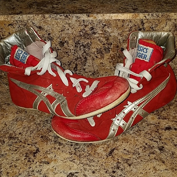 sports shoes 7ccbe 17e28 Old School and RARE Asics Tiger wrestling shoes!